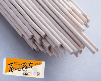 「九州素材100%の雑穀パスタ」長崎県南島原伝統の手延べそうめんの技術で作られています。